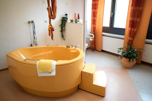 Kreißsaal und Räumlichkeiten der Hebammengemeinschaft am Klinikum in Halle Westfalen